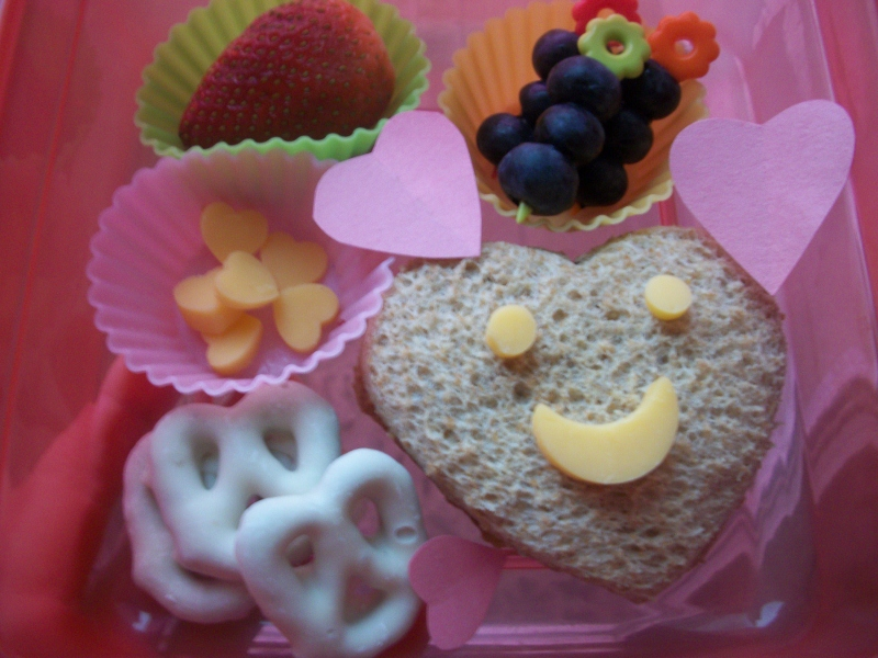 My Son's Valentine Bento Lunch + Why we LOVE Bento!