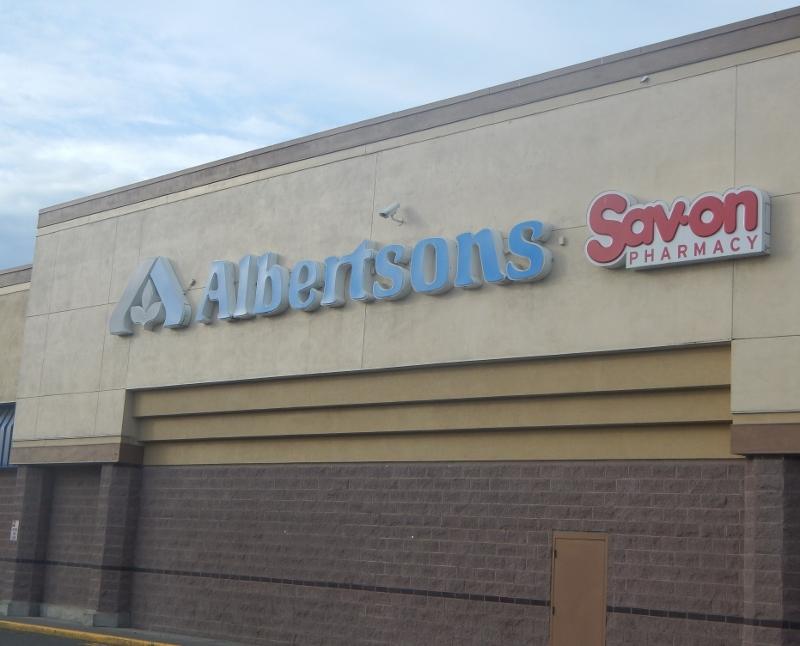 SHopping at Albertsons