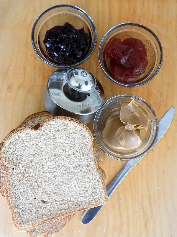 Crustless PB&J Sandwich Ingredients