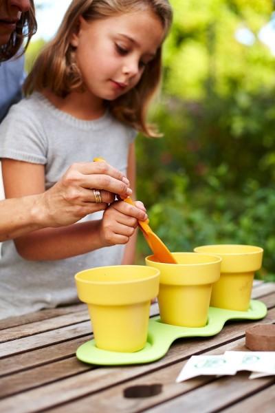 Amazon green toys indoor gardening kit for lowest for Indoor gardening kit green toys