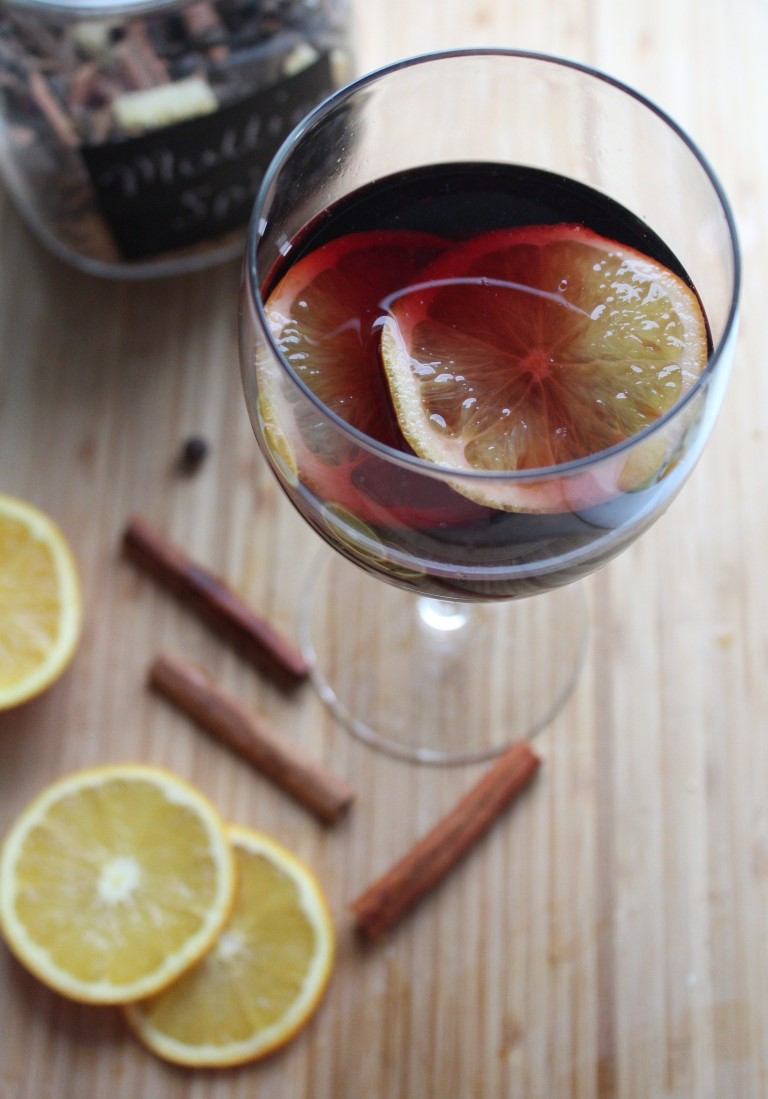 Homemade mulling spice mix recipe - Make perfect mulled wine ...