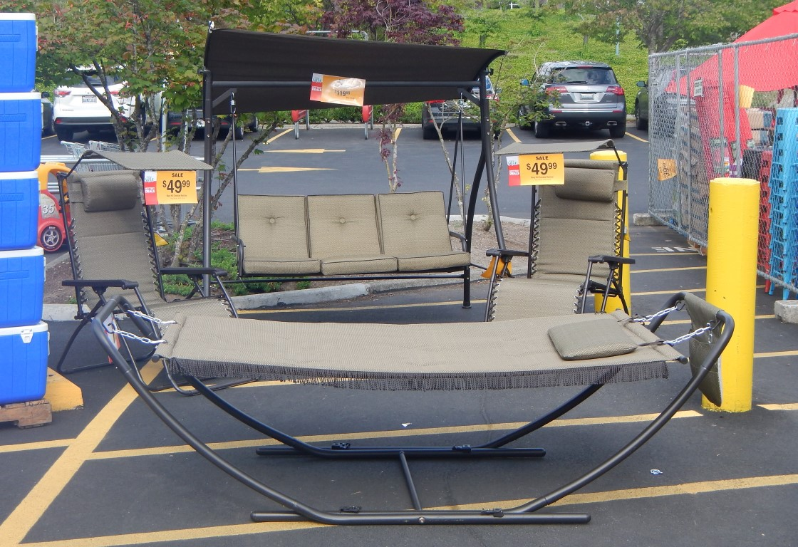 Patio furniture clearance sale venice 8 piece outdoor for Furniture at fred meyer