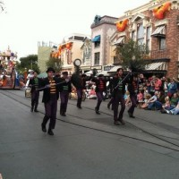 11 Top Disneyland Tips & Tricks