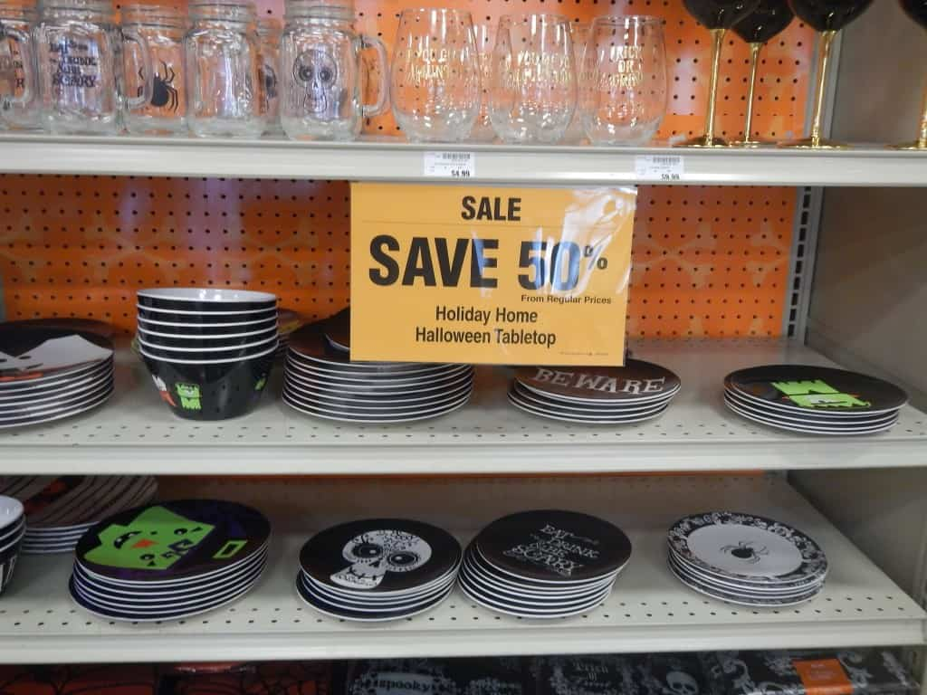 Http Thecouponproject Com Fred Meyer 50 Off Halloween Costumes Decor More