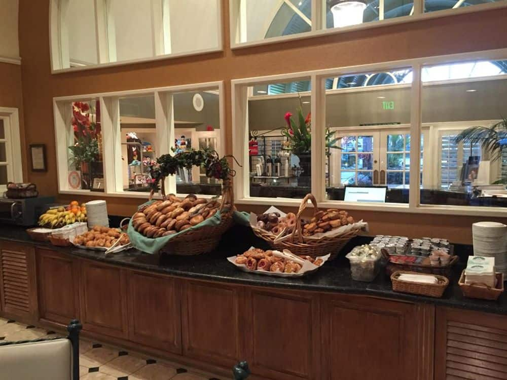 Budget friendly disneyland choosing your best meal for Candy hotel